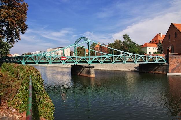 The bridge in wroclaw city in poland Premium Photo