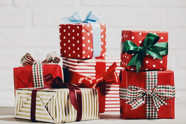 Bright Christmas presents in composition Free Photo