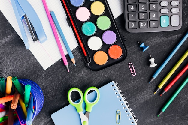 Bright stationery for art and work on dark background Free Photo