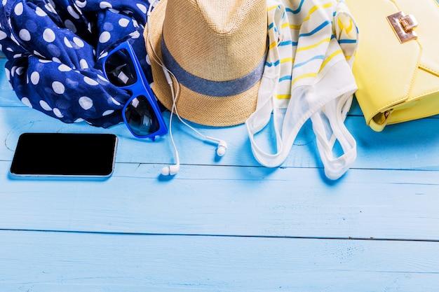 Bright summer beach look Premium Photo