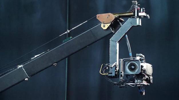 クレーンの放送用カメラ Premium写真