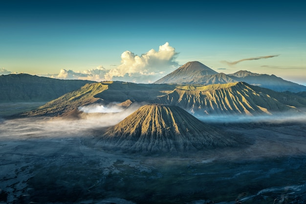 Bromo volcano at sunrise,tengger semeru national park, east java, indonesia Premium Photo