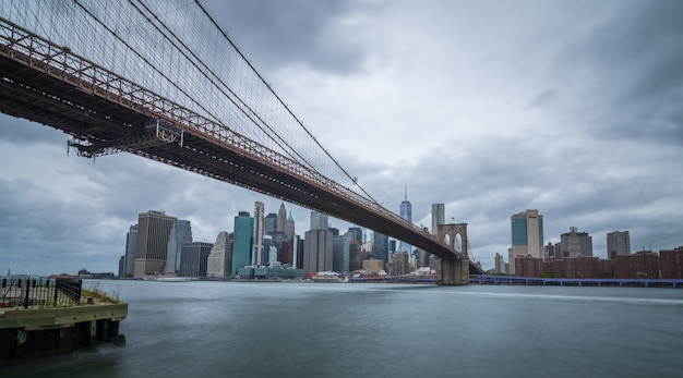 Brooklyn bridge in new york city Premium Photo