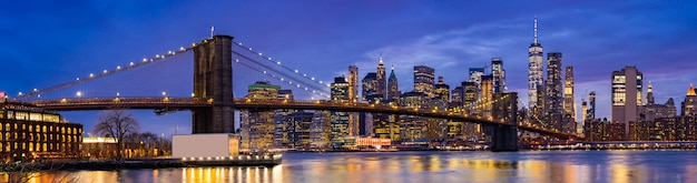 Brooklyn bridge new york Premium Photo