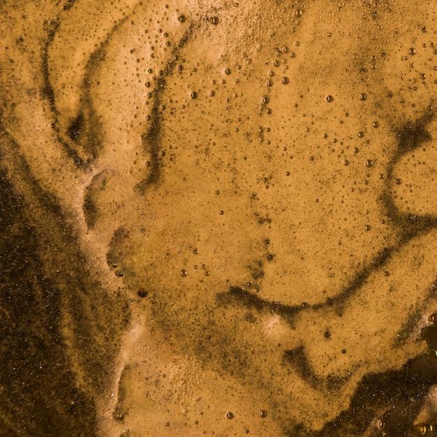 Brown liquid with deep foam Free Photo