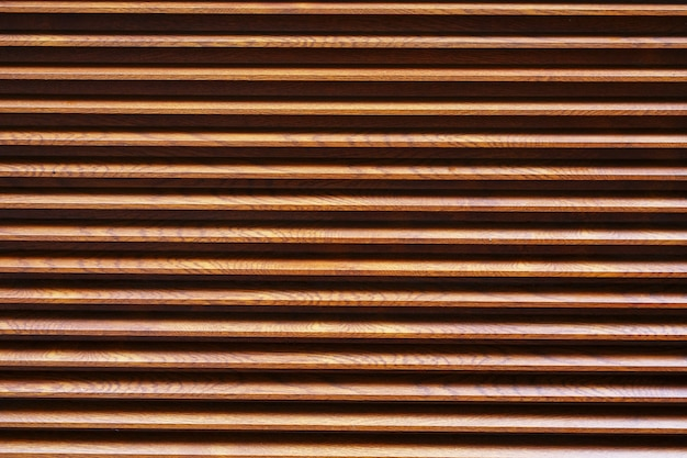 Brown louvre with horizontal lines Premium Photo