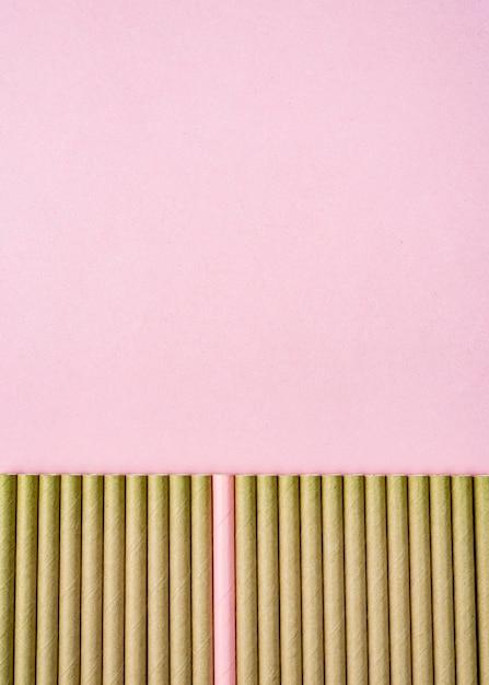 Коричневая бумажная соломка розовая копия космического фона Бесплатные Фотографии