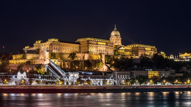Buda castle seen from the danube river in budapest, hungary Premium Photo