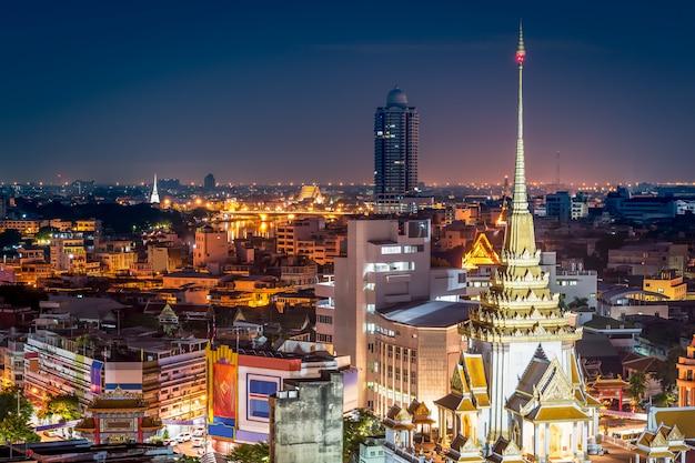 Buddhism architecture in city Premium Photo