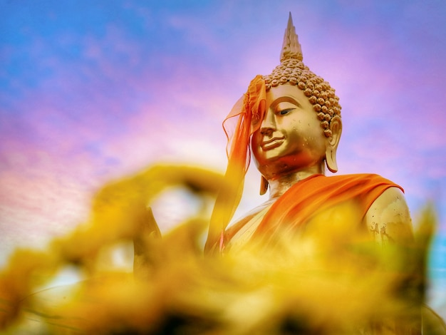 Buddist holy day Premium Photo