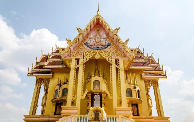 Buddist temple in thailand Premium Photo