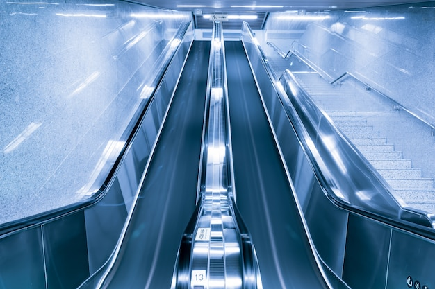 Building with escalators Free Photo