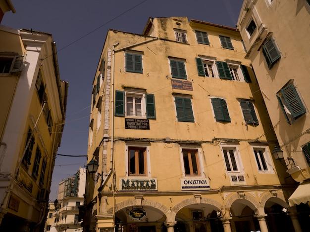 Buildings in corfu greece Premium Photo