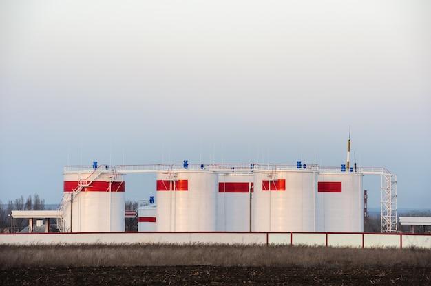 Bulk oil tanks Premium Photo
