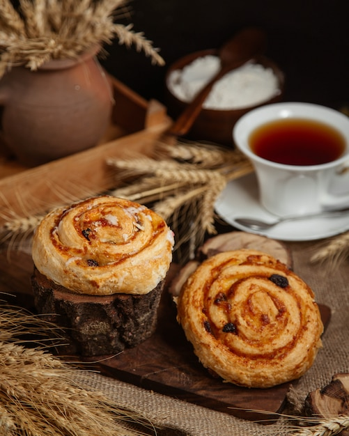 Buns with jam and dried fruits Free Photo