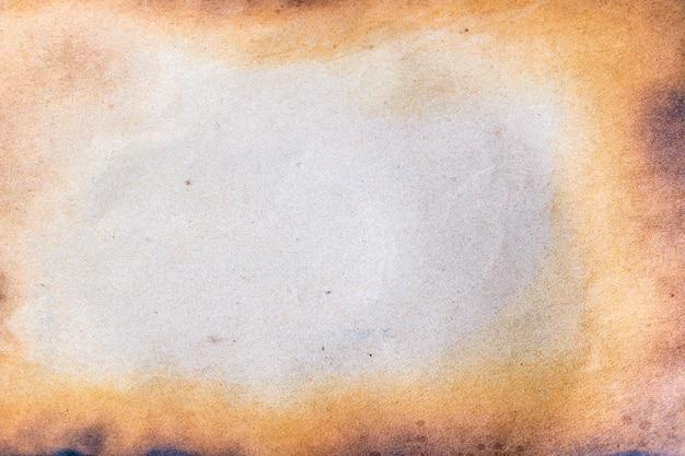 Сгоревшая бумага. Premium Фотографии