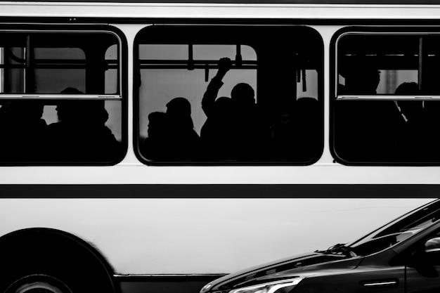 Bus Premium Photo