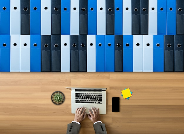 Business  archive files into a filing  data storage meeting design ideas Premium Photo