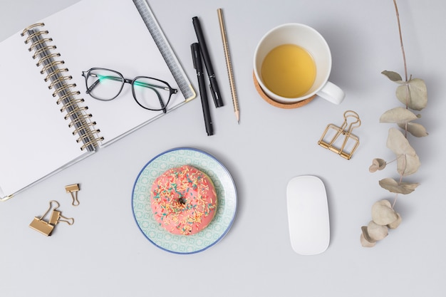 Business desktop with a office elements Free Photo
