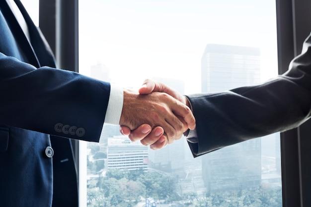 Business handshake Premium Photo