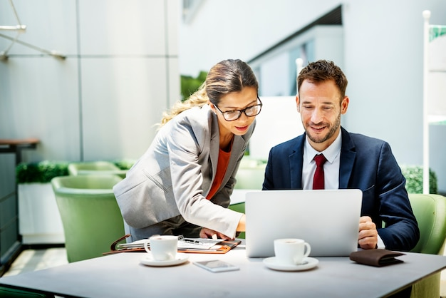 Business people discussion Premium Photo