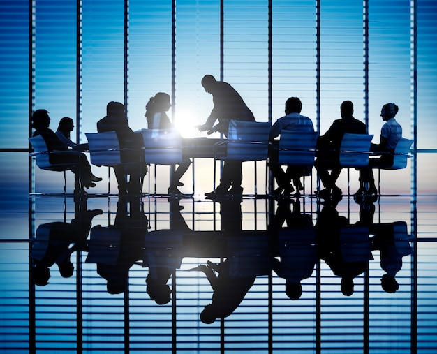 Business people in a meeting Premium Photo
