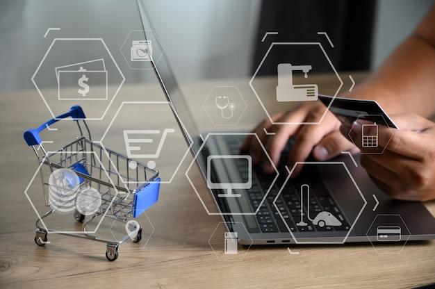 Business people use technology e-commerce internet global marketing purchasing plan Premium Photo