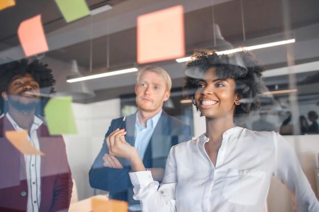 Business team creating ideas Premium Photo