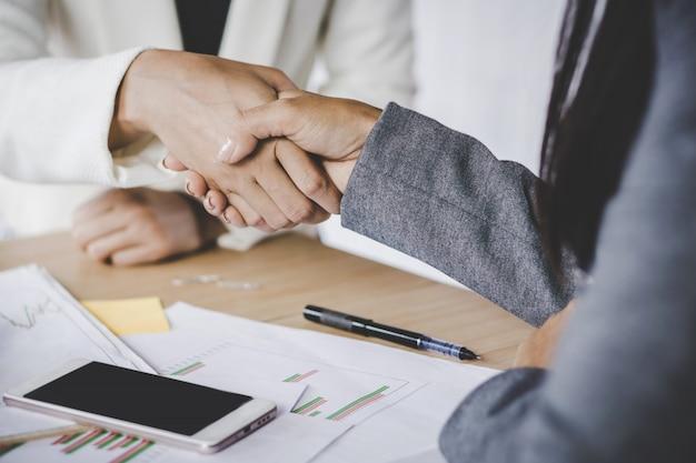 Business woman handshake agree on project Premium Photo