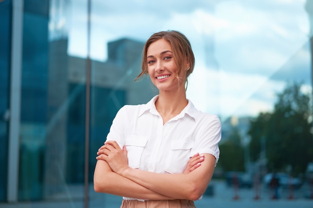 Business woman successful woman business person outdoor Premium Photo