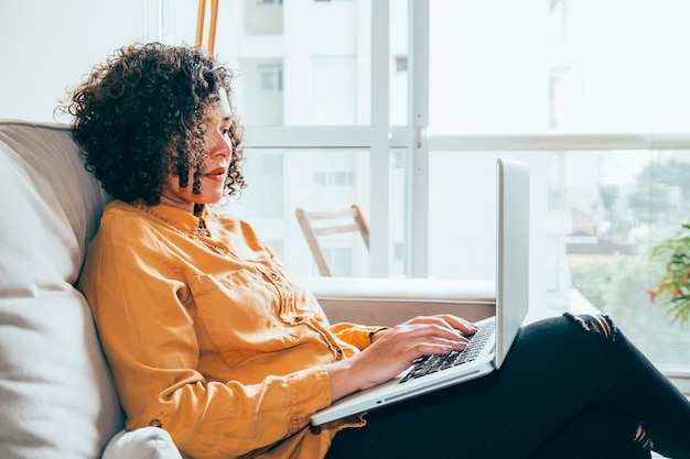 Business woman working at home Free Photo