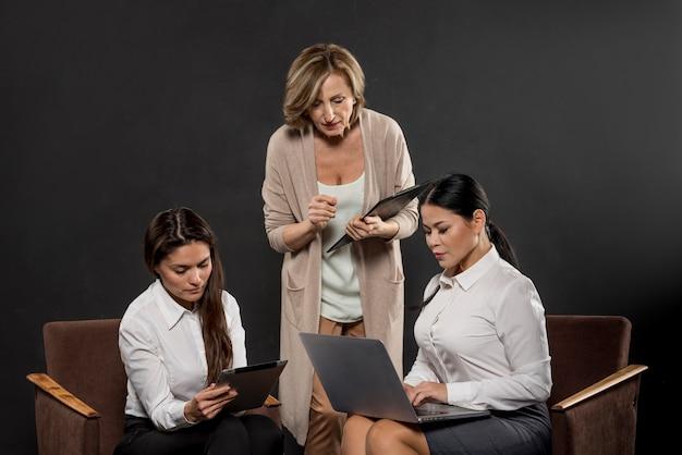 Business womens meeting Free Photo