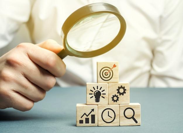 Businessman analyzes business strategy. Premium Photo