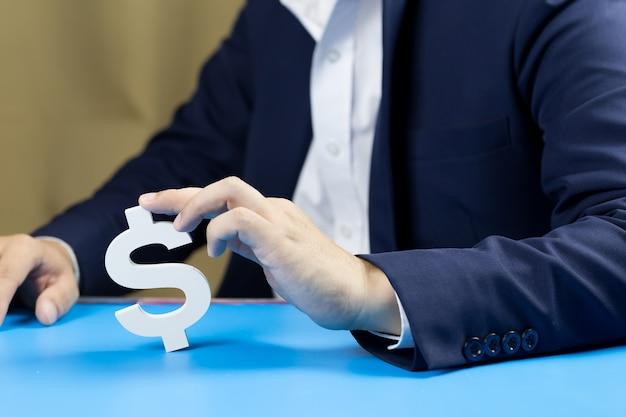 Businessmen invest for the future and profits. Premium Photo