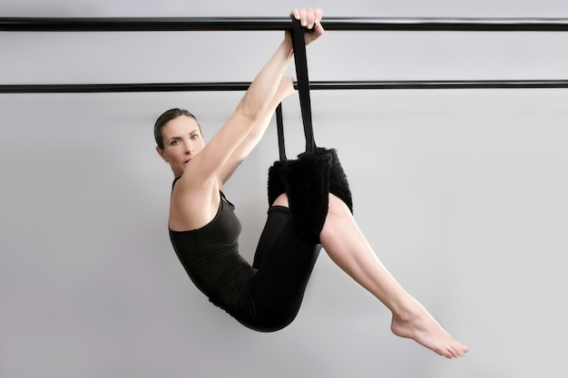 Cadillac pilates sport woman gym instructor fitness Premium Photo
