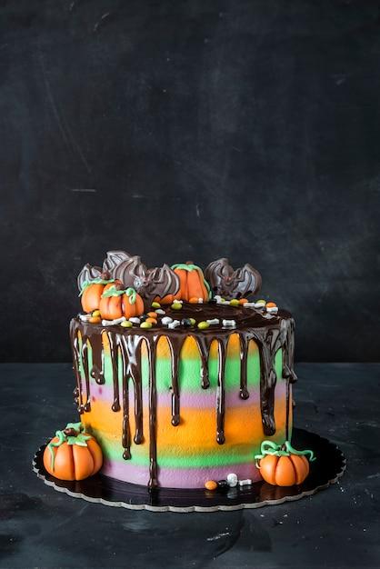 Торт на хэллоуин с шоколадом Premium Фотографии