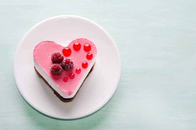 ハートの形のケーキ Premium写真