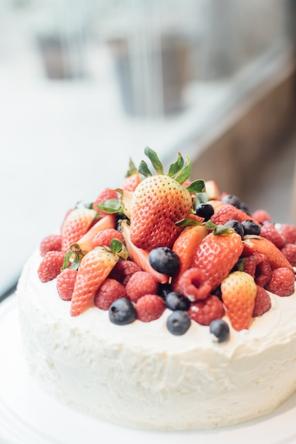 Cake with fruit on top Photo Free Download