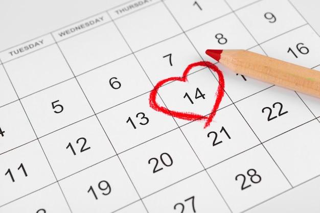 Calendar with st. valentine date Premium Photo