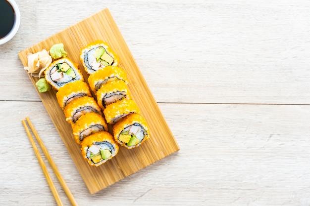 California maki rolls sushi Free Photo