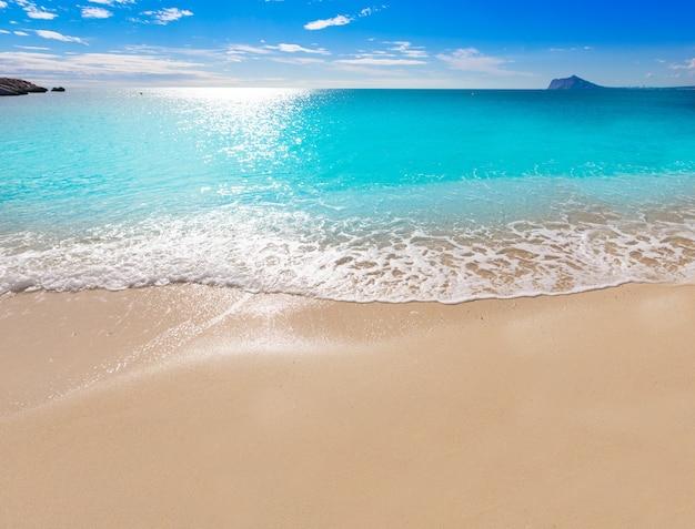 Calpe cala el raco beach in mediterranean alicante Premium Photo