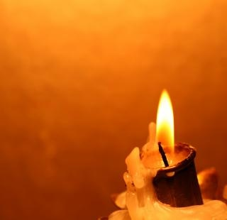 Candle   aflame Free Photo