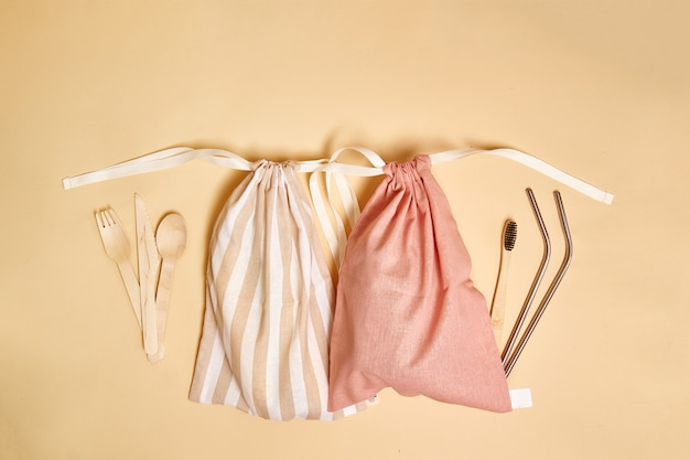 Canvas cloth bag from market. Premium Photo