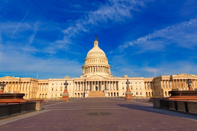 Capitol building washington dc east facade us Premium Photo