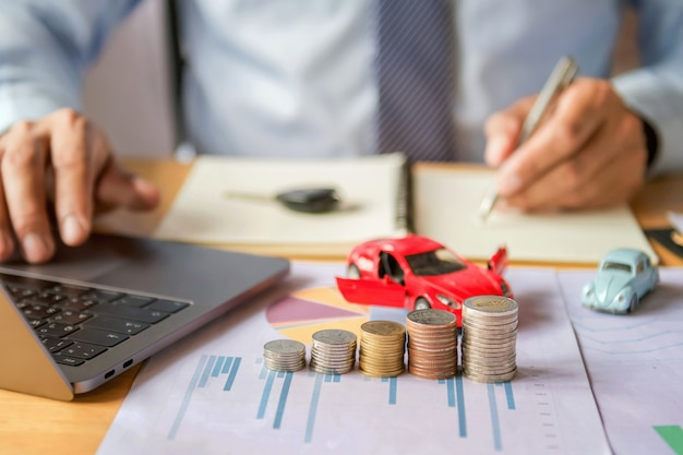 Car insurance and financing concept Premium Photo