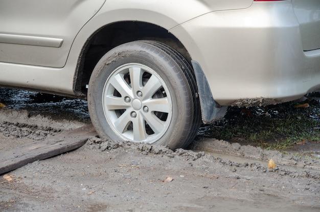 Car stuck in the mud Premium Photo