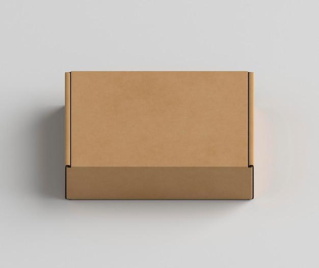 흰색 바탕에 골 판지 상자 무료 사진