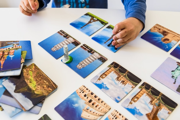 Cards with famous monuments of the world used in a children's school. Premium Photo