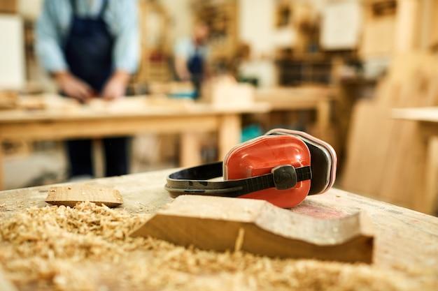 Carpenters workstation Premium Photo