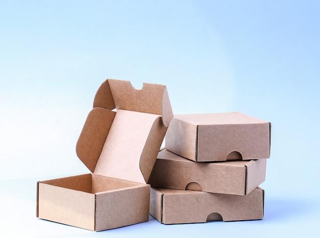Kertas merupakan bahan yang ramah lingkungan dan cocok untuk usaha rumahan.